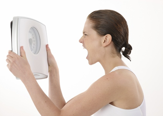 【Q&A】ダイエット中の停滞期はなぜ起こるのですか?