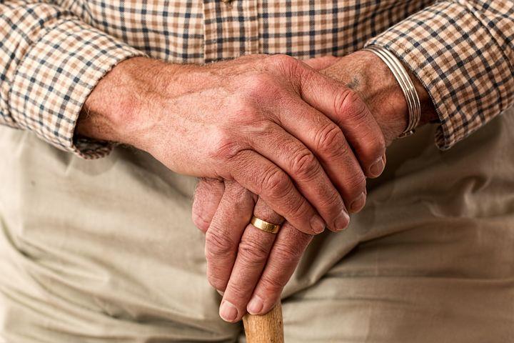 80歳の男性の医療費が56万から29万に減ったお話。