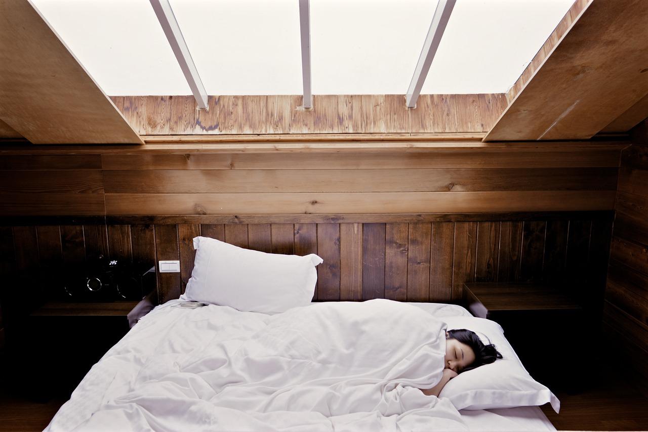 【Q&A】睡眠中は、寝返りした方がいいですか?
